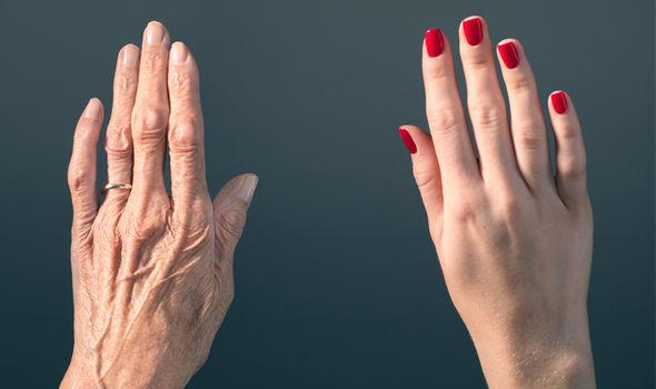 Metas žvilgterėti į savo rankas…